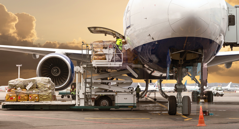 Alaska Air Cargo Expanding Continental Us Service By 40